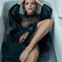 Bella Thorne a mexikói GQ-nak mutatta meg a csodálatos testét
