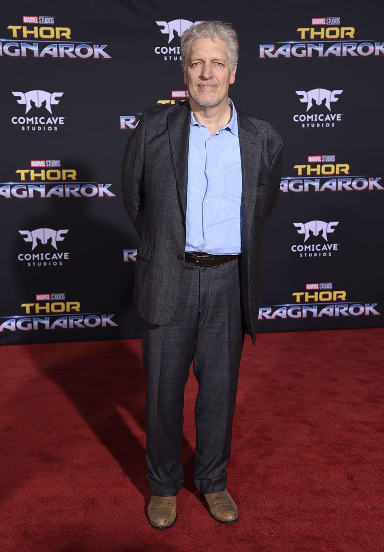 Clancy Brown (Surtur)