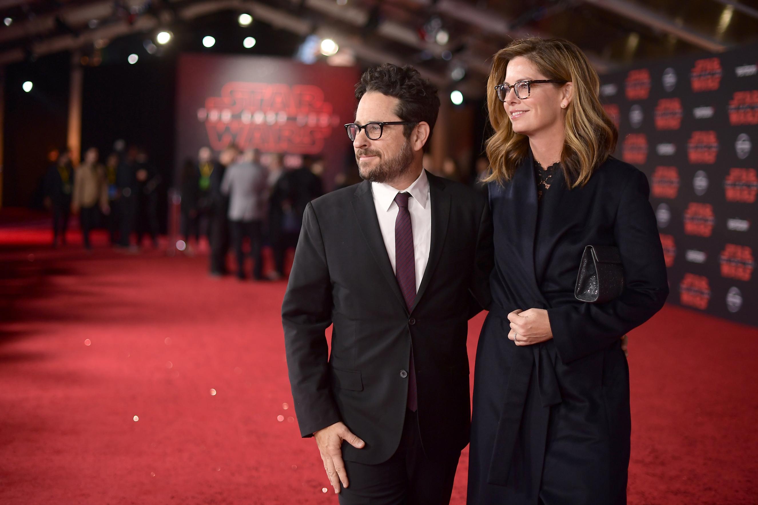 J.J. Abrams és Katie McGrath producerek