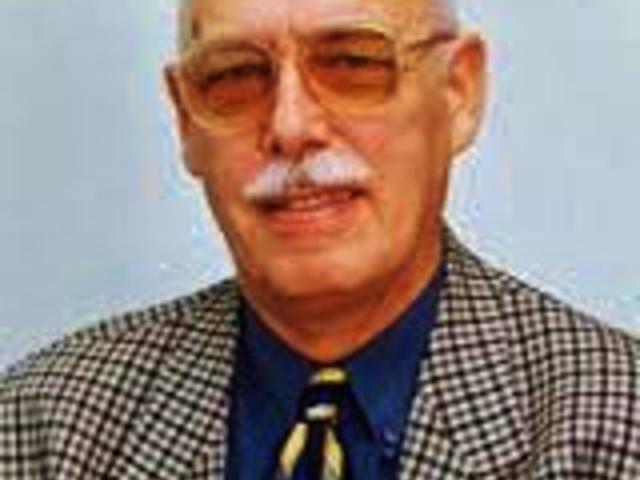 Róna-Tas András akadémikus nyelvész professzor 85 éves