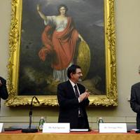 Peter Somogyi received the Semmelweis-Budapest Prize 2012