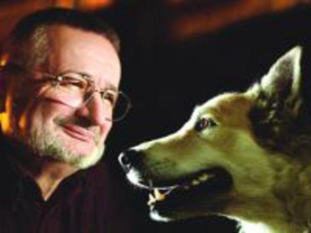 A kutya olyan állapotban van most, mint az ember volt, amikor még nem tudott beszélni - Csányi Vilmos interjúrészlet