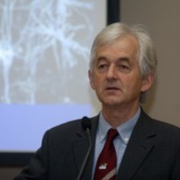 Világhírű tanítványok, rézsikló a vadvirágok közt - az agykutató Dr. Somogyi Péter büszkeségei