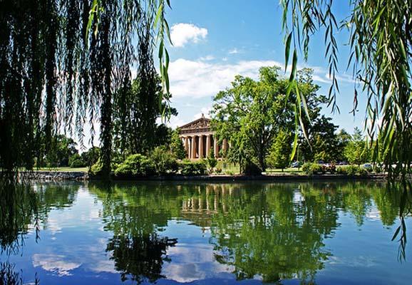 Centennial-Park-Nashville-in-Tennessee