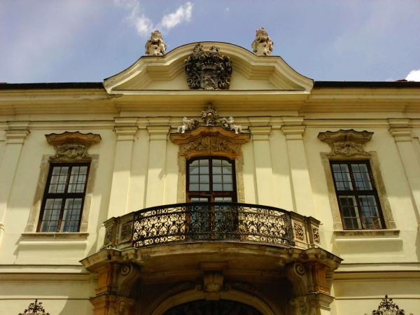Erdődy–Hatvany-palota-1.jpg