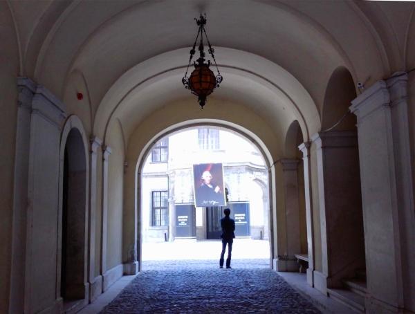Erdődy–Hatvany-palota-2.jpg