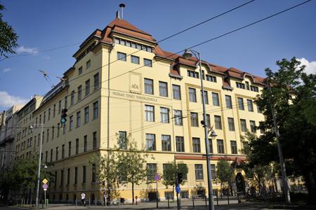Fazekas Mihály gyakorló iskola.jpg