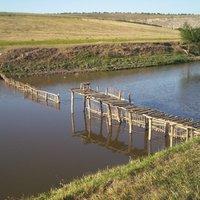 Rekesztéses halászat a kisebb folyókon