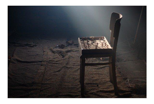 chair-185385_640