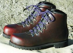 john_calden_boots.jpg