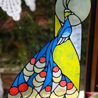 Ablakképek üvegmatrica festéssel