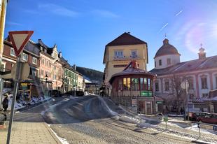 Síelés vagy kirándulás, tél vagy nyár: irány Mariazell
