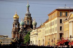 Utazás Szentpétervárra, ahol júniusban fehérek az éjszakák