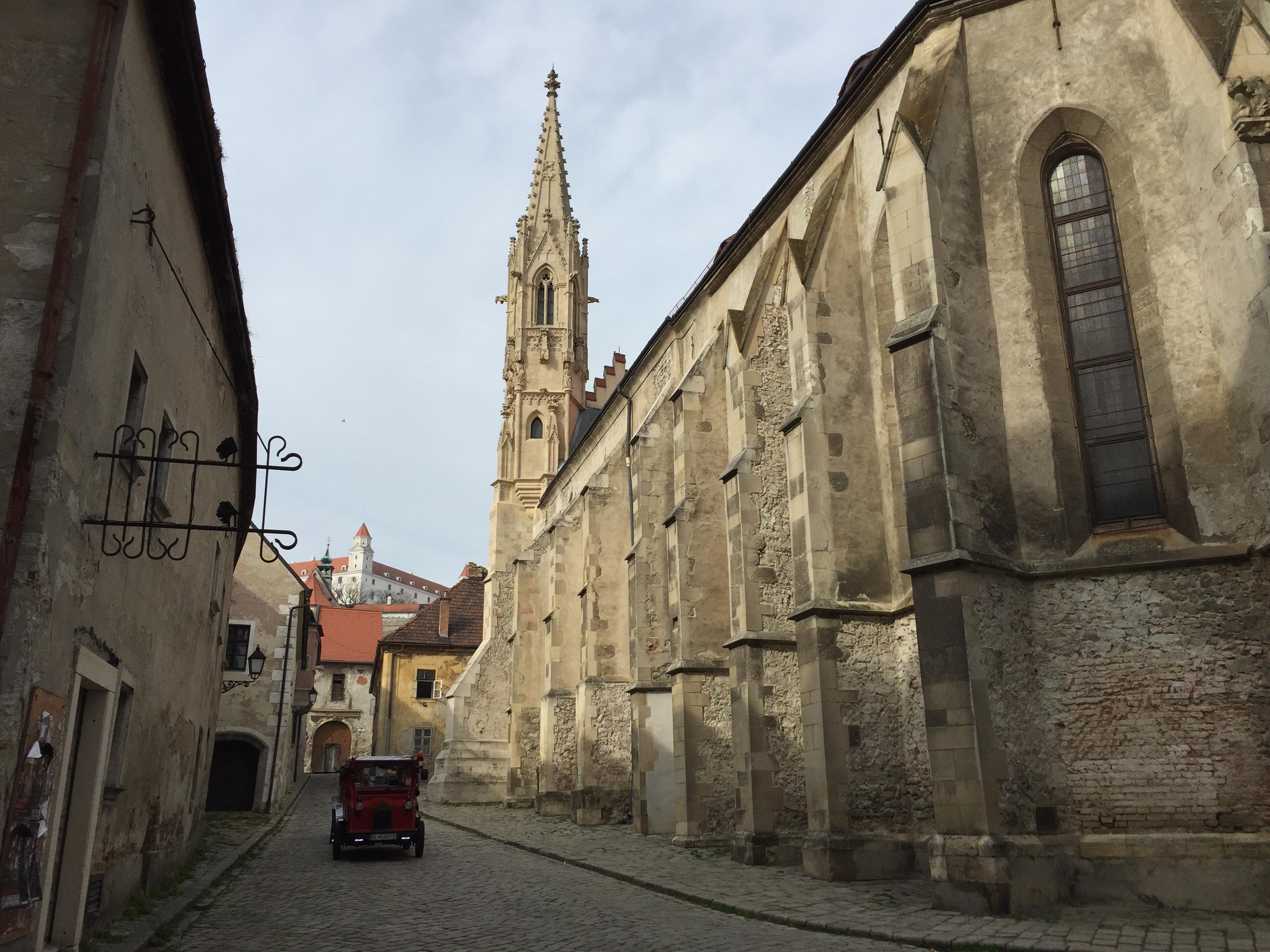 Klarisszák temploma