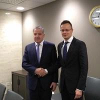 Virágozzanak a magyar-tádzsik kapcsolatok!