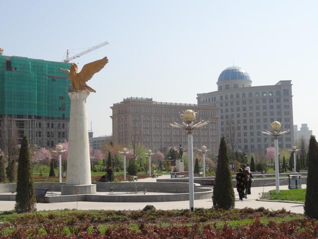 A Nemzeti Múzeum előtti tér