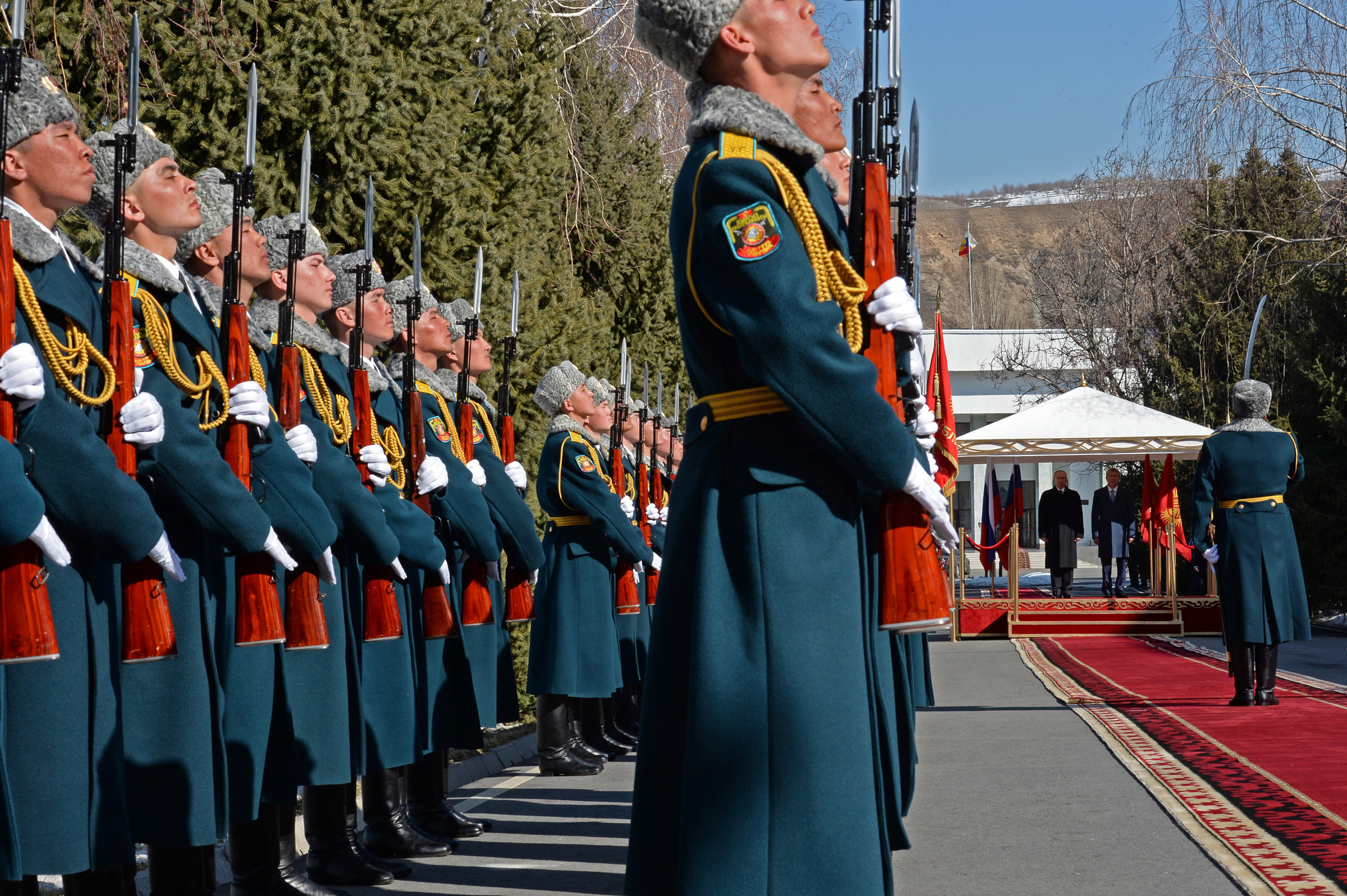 putinatambayev2.jpg
