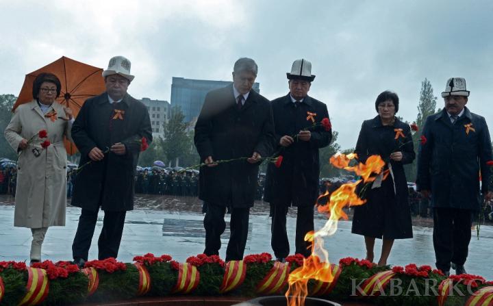 Almazbek Atambajev elnök