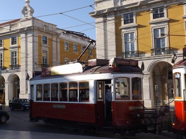 Portugál világítótorony-túra