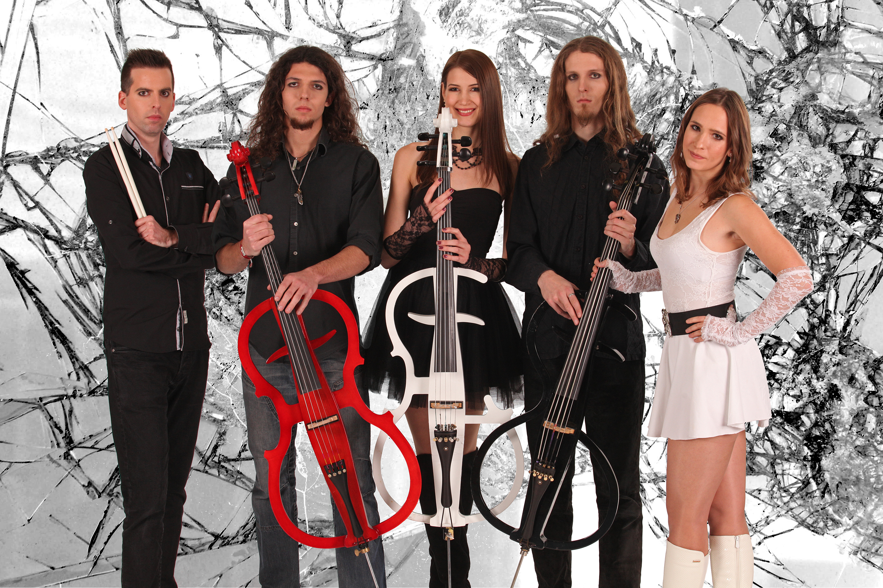 leecher_band_cellos_full_1a.jpg