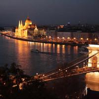 Lenyűgöző képsorok a Dunáról és Budapestről