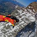 Discovery Channel: Magyarországon is látható lesz élőben az Everest-ugrás