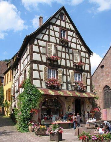 Fachwerk házak - a középkortól a mai modern üvegházakig