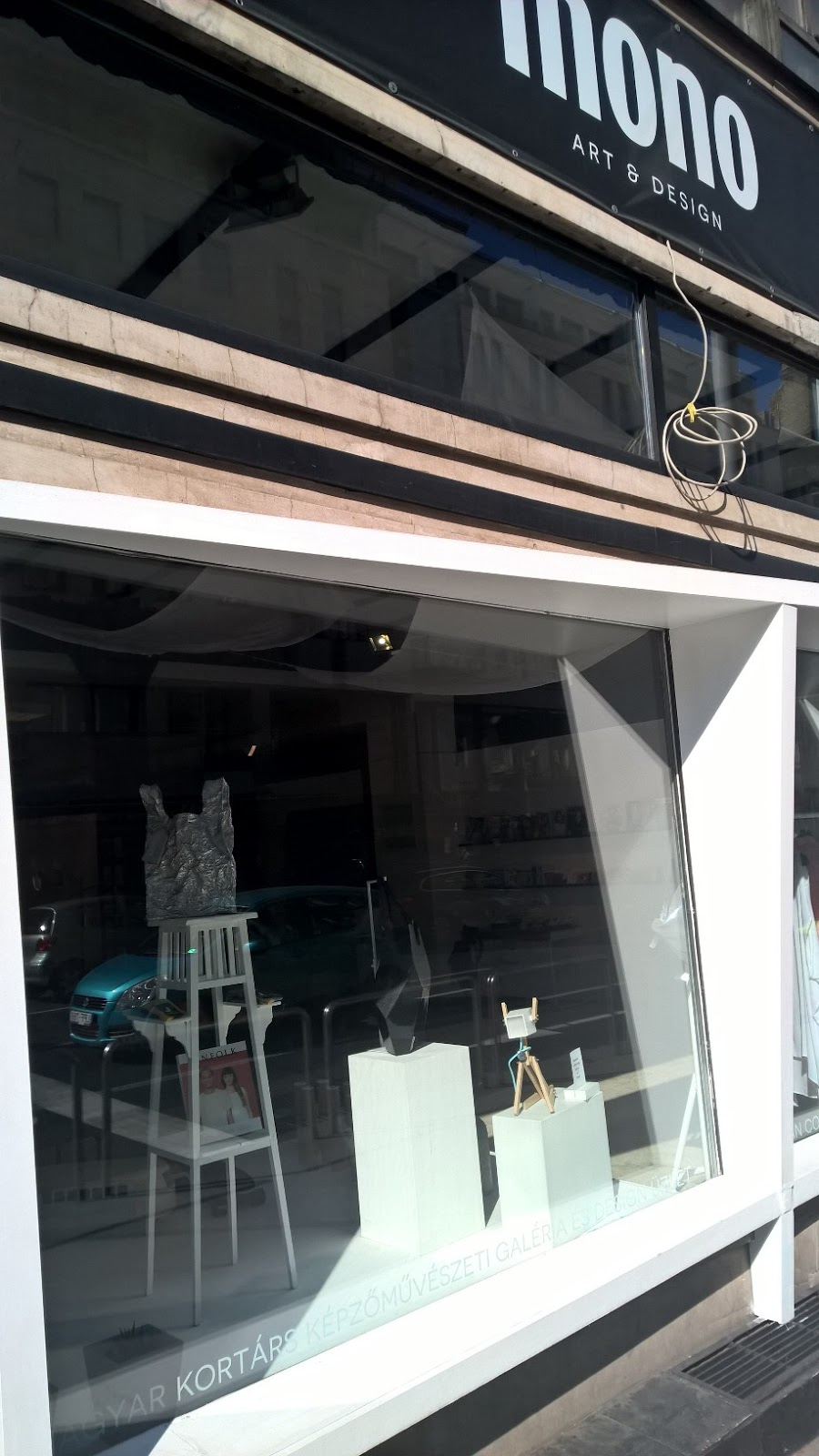 Magyar tervezők méltó gyüjtőboltja: Mono a Kossuth Lajos utcában
