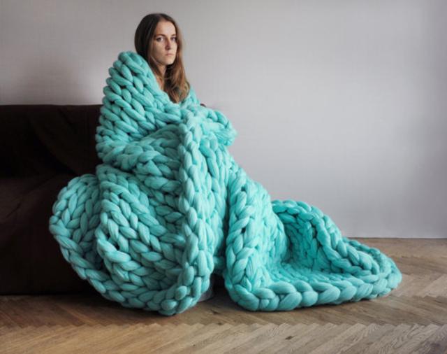 arm-knitting-ball-of-yarn-finished.jpg