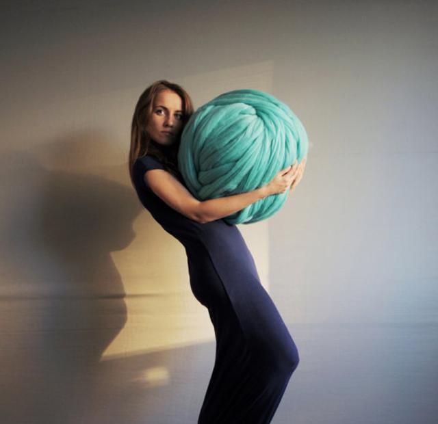 arm-knitting-ball-of-yarn-woman.jpg