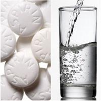 Aszpirinből arcpakolás  - egy hollywood-i pattanás gyilkos módszer