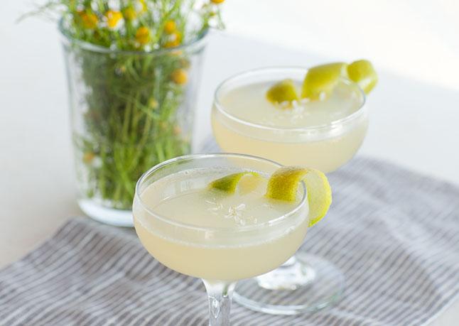 chamomile-gin-cocktail-646.jpg