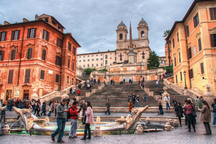 Nincs több ücsörgés a római Spanyol lépcsőn