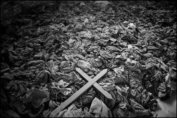 rwanda-massacre-580_1.jpg