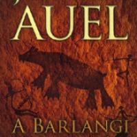 Jean M. Auel: A Barlangi Medve népe – A Föld gyermekei 1. (Orbán Erzsébet írása)