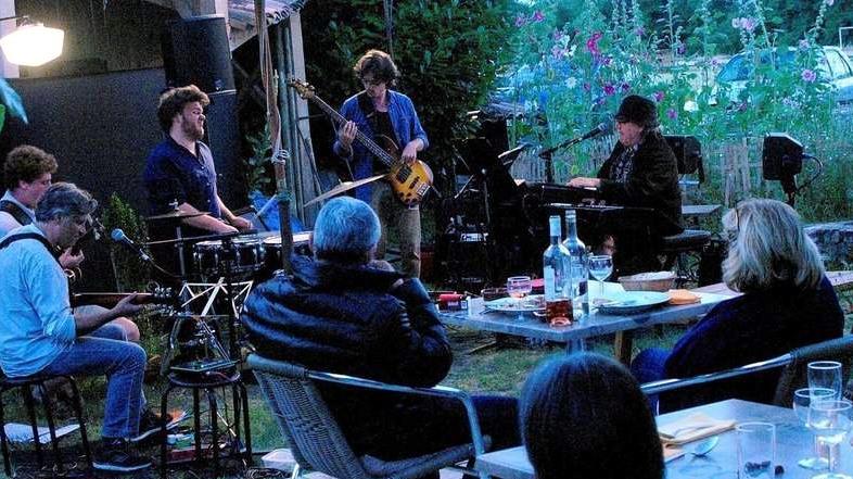 jazz-terasz-budapest.jpg