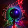 Újra pörög az UNIverzum: Fess fénnyel!