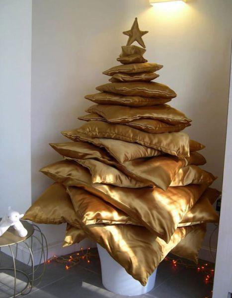 Creative-DIY-Christmas-tree-ideas5.jpg