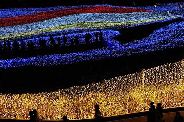 amazing-winter-light-festival-in-japan-09.jpg