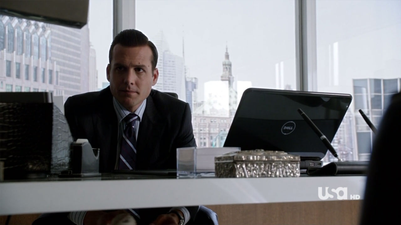 series_suits_usa_s01_03.jpg