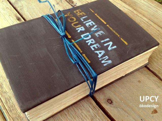 Könyv széf és pénz gyertya - DIY útmutató