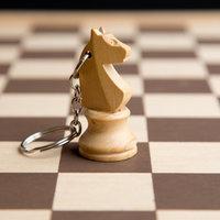 Orsolya névnapra - ló sakkfigurából kulcstartó vagy fülbevaló