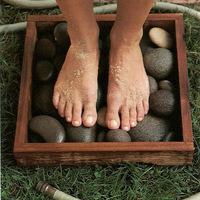 Szilárd névnapra - egyszerű kő lábmosó