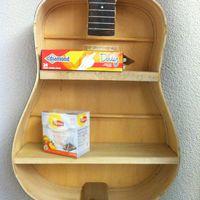 Nándor névnapra - gitártok polc