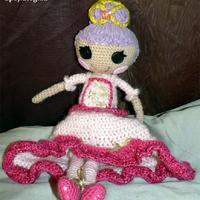 Lalaloopsy jellegű horgolt hercegnő baba