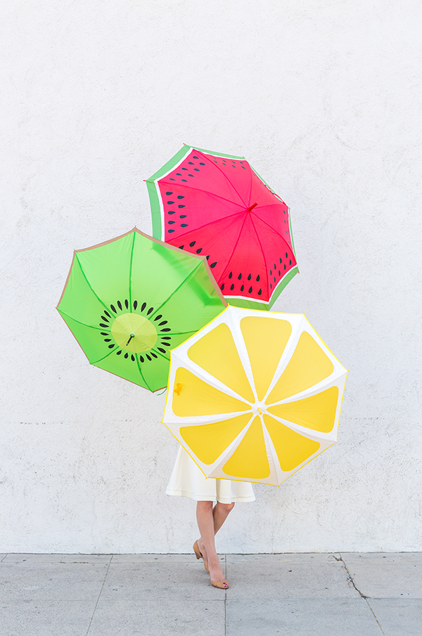diy-fruit-slice-umbrellas33_1.jpg