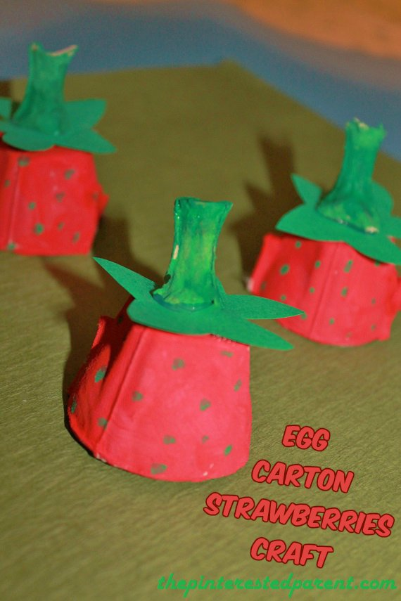egg-carton-strawberries-craft_1.jpg