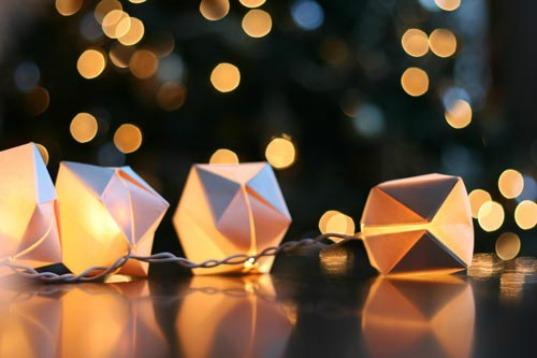 papercube_stringlights.jpg
