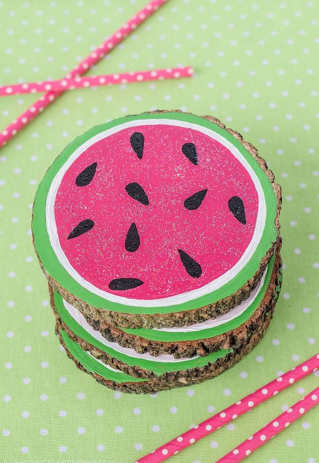 wooden-watermelon-coasters-crafts-repurposing-upcycling_1.jpg