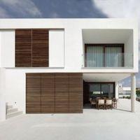 The Square House by MODO Architecture & Design
